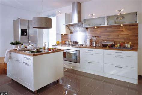 credence cuisine bois credence cuisine blanc et bois côté cuisine