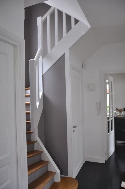peindre placard cuisine rénovation d 39 une cage d 39 escalier contemporain escalier
