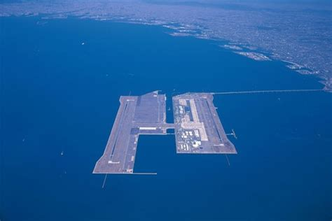 the world s most dangerous airports gallery