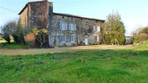 maison a vendre sevres maison 224 vendre en poitou charentes deux sevres grand manoir avec tour fortifi 233 e m 233 di 233 vale et