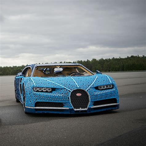 It's the second 'ultimate technic' supercar to be released, two years after 42056 porsche 911 gt3 rs, and is built to the same 1:8 scale as the porsche. Life-size LEGO® Technic™ Bugatti Chiron 1:1 working Supercar - Build for Real - LEGO.com US