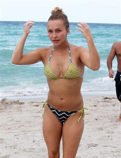 Hayden Panettiere Awkward Bikini Body Oceanup Teen Gossip