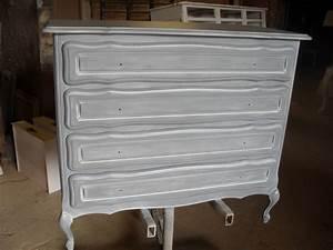 Patiner Un Meuble En Blanc : patiner un meuble en bois en gris ~ Dailycaller-alerts.com Idées de Décoration