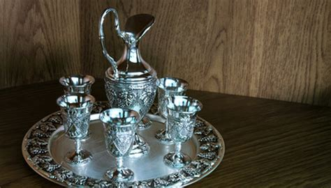 silver silverware plate value identify items plated worth flatware sterling pure antique ehow