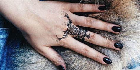 ink hunter lappli qui permet de tester  tatouage avant