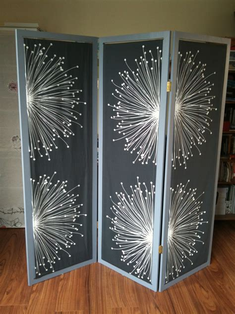 Do It Yourself Room Divider  Deco By Mado. Dining Room Chandeliers Home Depot. St Patricks Day Decorations. Living Room Tv Cabinet. Unique Living Room Furniture. Vintage Chic Decor. Panic Room Doors For Sale. Childrens Bedroom Decor. Home Decor Crosses
