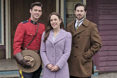 'When Calls the Heart' Producer Says Hearties Need to Show ...