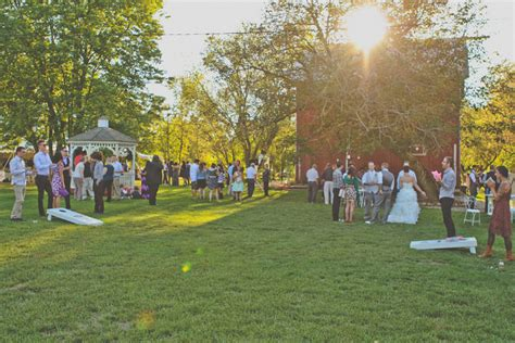 31 Rustic Diy Home Decor Projects: Rustic Outdoor Wedding In Michigan With Loads Of DIY