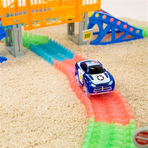 magic tracks voiture magic tracks giga set 2 voitures circuit de voitures m6 boutique