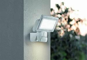 Bewegungsmelder Wo Anbringen : bewegungsmelder und sensoren beleuchtungstipps von obi ~ Lizthompson.info Haus und Dekorationen