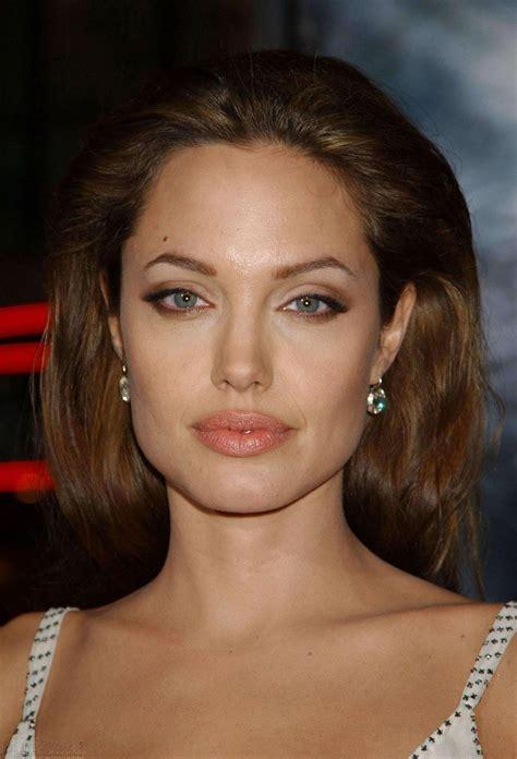 Hot Celebs: Beautiful Angelina Jolie