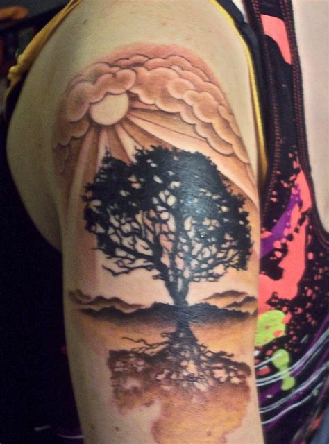 tattoos designs  sun tattoos