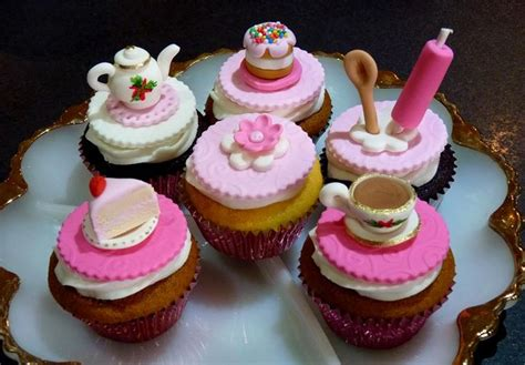 cake decorations for sale 17 best images about kitchen tea on tea pink flowers and royal icing
