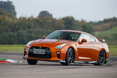 The New Gtr by New Nissan Gt R 2017 Review Auto Express