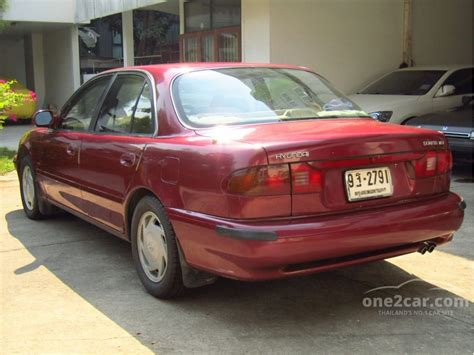 hyundai sonata  gls   manual