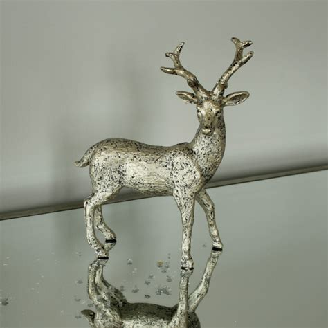 walking stag ornament melody maison 174
