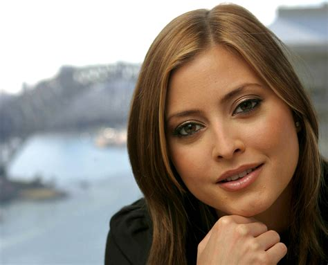 Holly Valance Photo 205 Of 270 Pics Wallpaper Photo