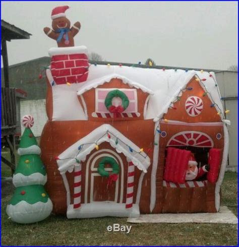 Gingerbread  Christmas Decor World