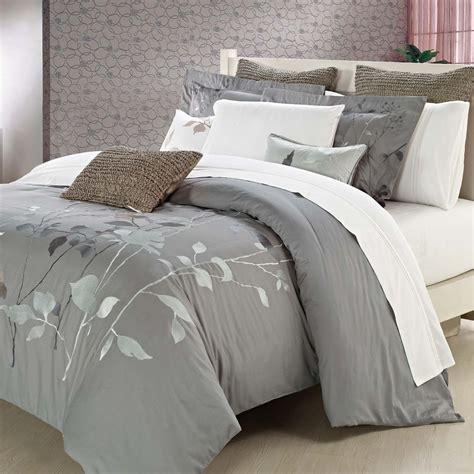 bedroom  white duvet cover queen  gorgeous