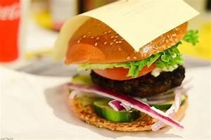 Capture The Capital: BGR The Burger Joint