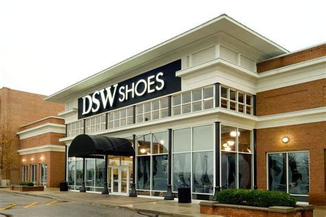 DSW HOURS | What Time Does DSW Open-Close?