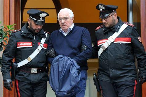Mafia Godfather: Italian Police Arrest 'Boss of All Bosses ...