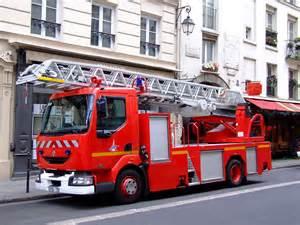 Armoire Camion De Pompier by File Sapeurs Pompiers De Paris Renault 220 Dci Jpg