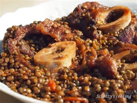 cuisiner du jarret de boeuf jarret de boeuf à la bourguignonne et lentilles par schotzy