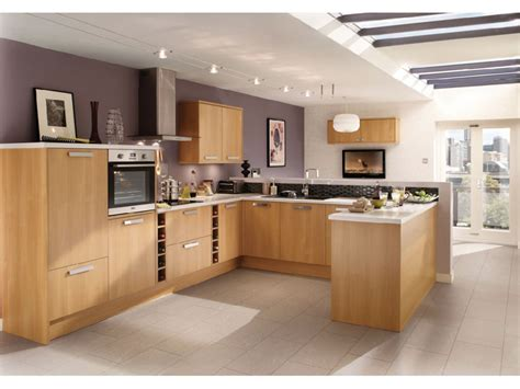 cuisines equipee cuisine équipée ou aménagée cuisine en image