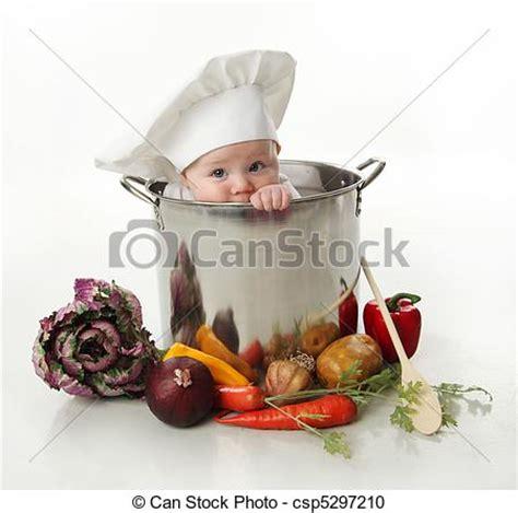 cuisine bebe photographies de bébé pot cuisine portrait de a