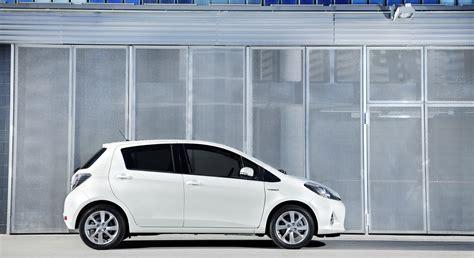 Toyota Yaris 4k Wallpapers by Toyota Yaris Hybrid Pictures Hd Desktop Wallpapers 4k Hd