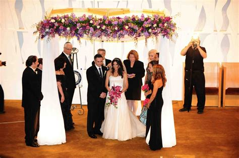 Perfect Gift Ideas For A Jewish Wedding