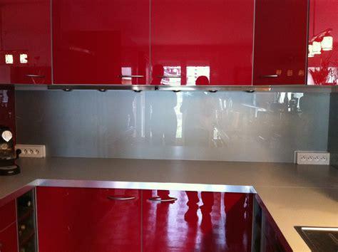 crédence verre trempé cuisine crédence en verre trempé laqué verre trempé sur mesure