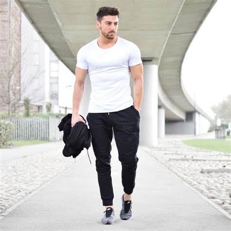 Here Why Joggers Are The Most Preferred Streetwear
