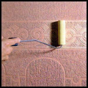 Verputzte Wand Streichen : perfektheimwerken pr getapeten wirken wie plastische muster ~ Frokenaadalensverden.com Haus und Dekorationen