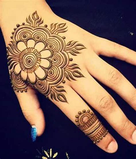 cone mehndi designs    hands images