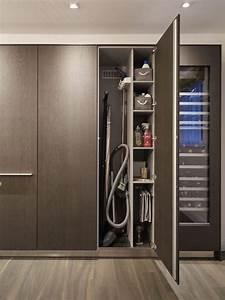 Schrank Für Staubsauger Und Besen Ikea : 10 ideas for tiny laundry spaces wohnung ~ A.2002-acura-tl-radio.info Haus und Dekorationen