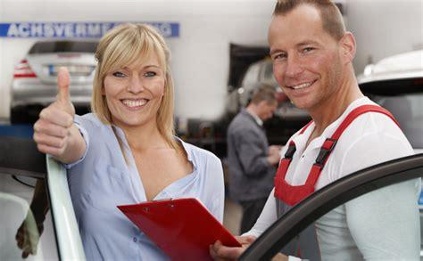Autowert Berechnen Lassen Sie Gratis Ihr Fahrzeug Bewerten Auto Ratgeber Schweiz Tipps Und