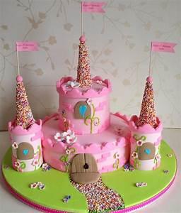 Kuchen 18 Geburtstag : kuchen f r kindergeburtstag 16 dekoideen f r motivtorten ~ Frokenaadalensverden.com Haus und Dekorationen