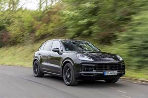 2017 Porsche Cayenne Turbo S : first ride 2017 porsche cayenne turbo autocar ~ Maxctalentgroup.com Avis de Voitures