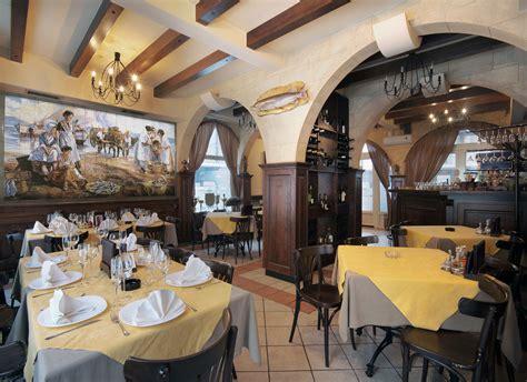 si鑒e mural faianta pictata pentru amenajarea restaurantelor si cafenelelor artelux