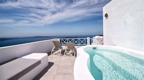 Honeymoon Suites Santorini With Private Jacuzzi