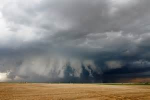Supercell Thunderstorms and Tornadoes