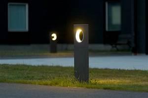 Borne Luminaire Extérieur : luminaire ext rieur design 30 lampes de jardin modernes ~ Teatrodelosmanantiales.com Idées de Décoration