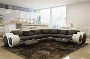 Canape Angle 6 7 Places : canap d 39 angle en 100 cuir italien 7 places excelia noir et blanc mobilier priv ~ Maxctalentgroup.com Avis de Voitures