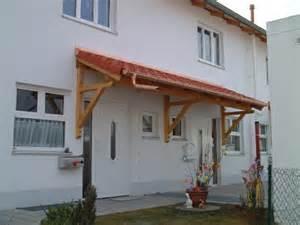 design vordach vordach aus holz fur eingangstur kartagina info