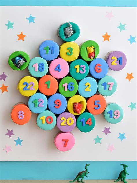 calendrier de l avent à fabriquer calendriers de l avent 224 fabriquer momes net