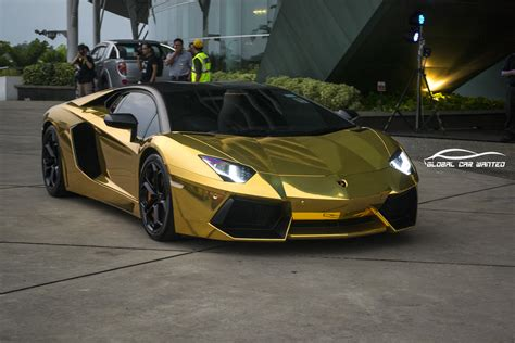 Gold Lamborghini Aventador by Lamborghini Aventador Lp700 4 In Chrome Gold Derren Yang