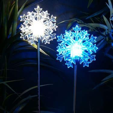 solar led snowflake stakes set