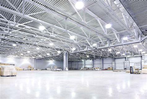 illuminazione capannoni led per illuminazione industriale consigli per l uso